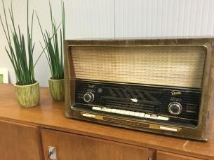 Vintage radio Graetz