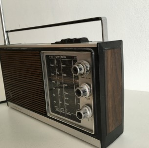 Vintage radio Philips limbo