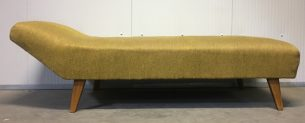 Vintage daybed/couch