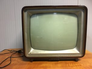 vintage tv Philips