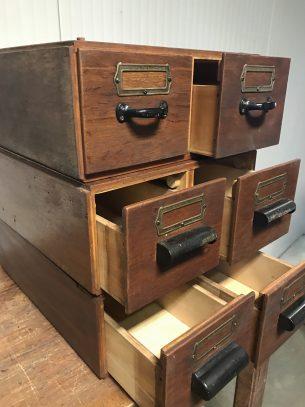 retro industriële archiefblok
