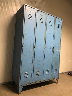 Retro industiële 4-deurskast